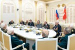Инициатива ветеранов поддержать Бочарова становится общественным движением